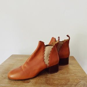 NEW Chloé low-heeled Lauren scalloped ankle boots